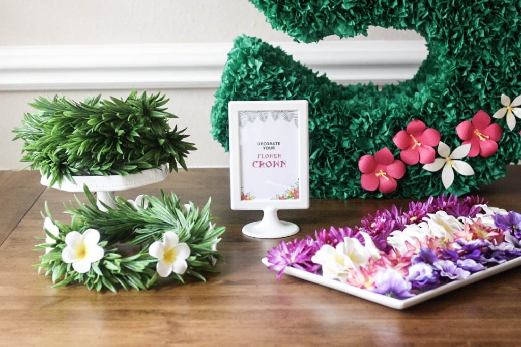 Moana Pinata Activity Lei Crown